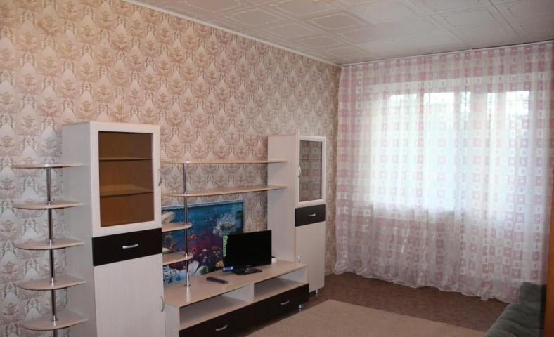 Аренда 2х к. квартиры ул. Дмитрия Устинова, 8 - фото 1 из 11