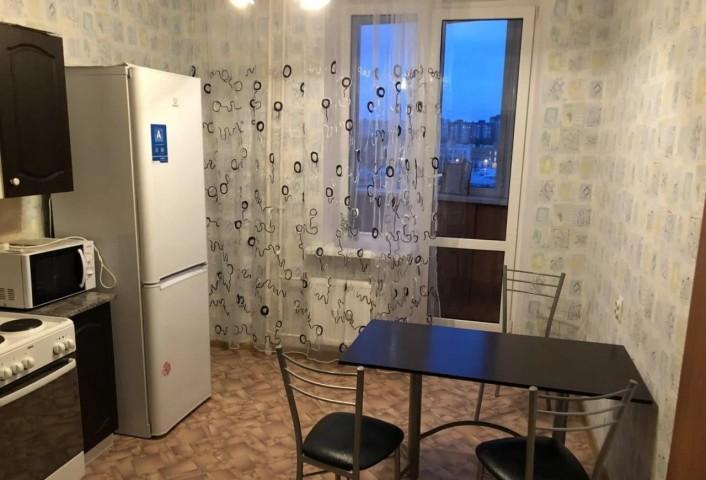 Аренда 2х к. квартиры ул. Ворошилова, 33 - фото 1 из 8
