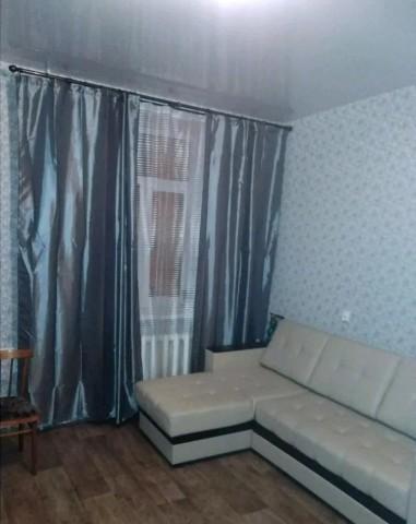 Аренда комнаты г Павловск, ул. Обороны, 4 - фото 1 из 4