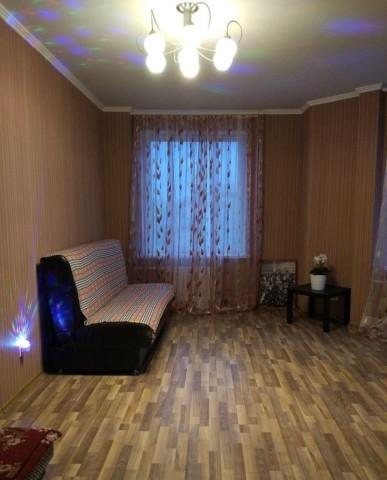 Аренда 2х к. квартиры ул. Оптиков, 34 - фото 1 из 8