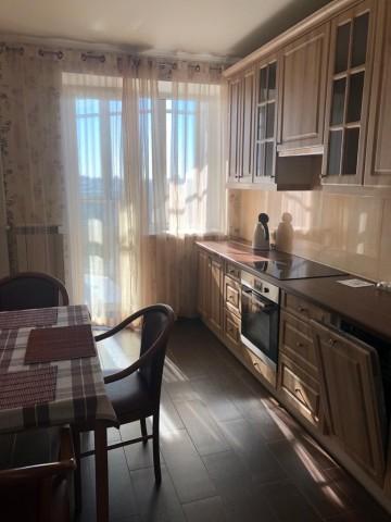 Аренда 1 к. квартиры ул. Белы Куна, 1 корп. 1 - фото 1 из 18